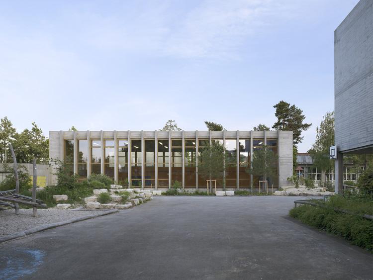 Gymnasium and Swimming Hall Vogelsang / MET Architects, © Ruedi Walti