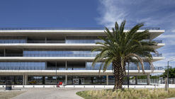 White Elephant New Headquarters of the Human Development and Habitat Ministry / Dirección General de Arquitectura + MDUyT + GCBA