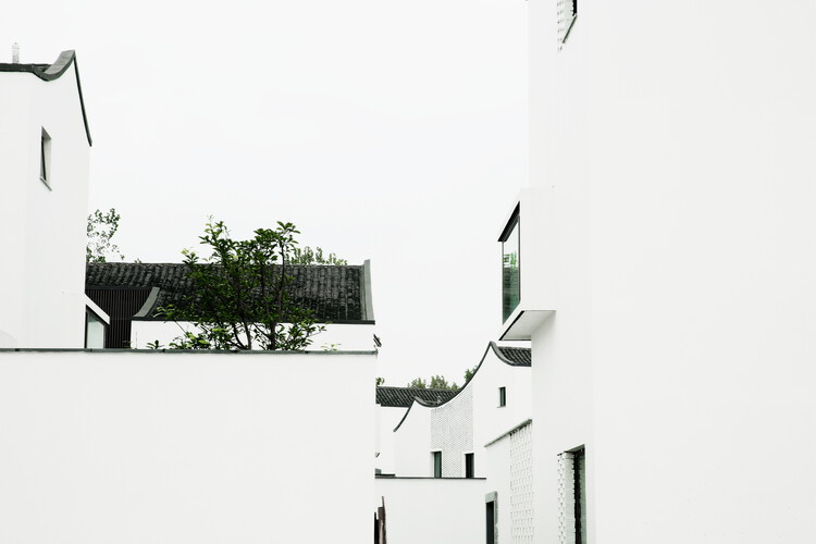 gad · line+ studio, Dongziguan Affordable Housing, 2016 . ©Yao Li. Image Courtesy of Biennale Architettura 2021