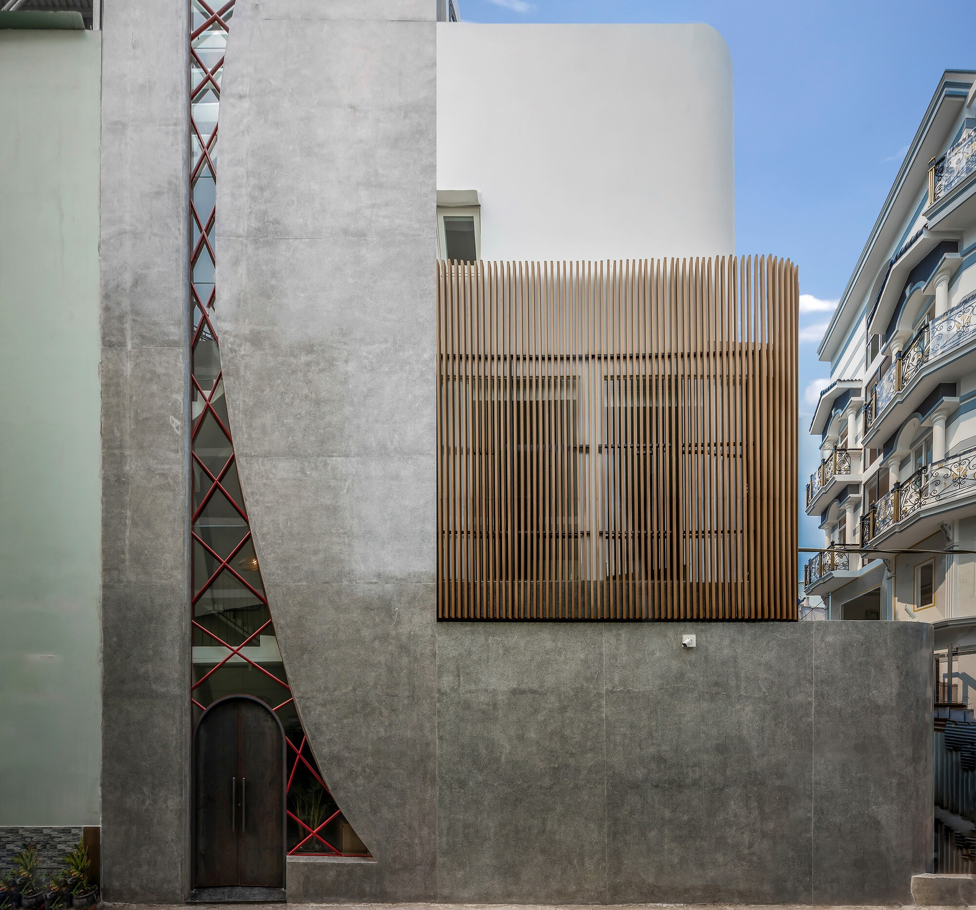 Alone House / Story Architecture