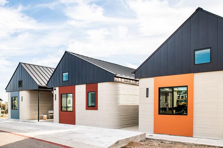 Vila de casas impressas em 3D é construída para sem-tetos nos EUA, Cortesia de Icon, via CicloVivo