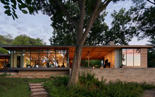 SkiSlope Residence / LaRue Architects