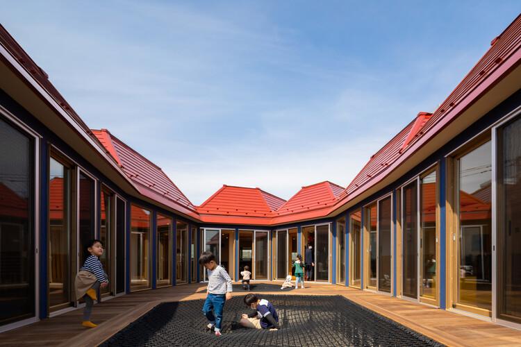 KidsLabo Minami-Nagareyama Nursery / teamLab Architects, © Vincent Hecht