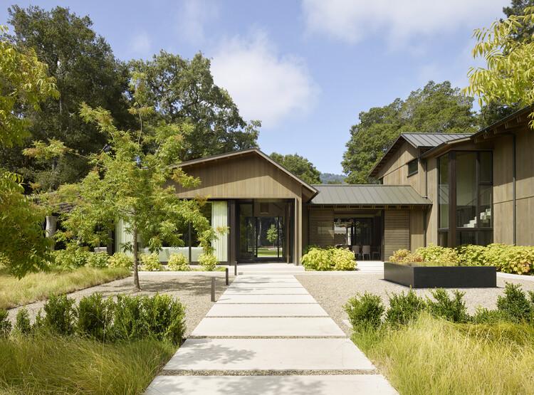 Oak Woodland Residence / Walker Warner Architects, © Matthew Millman Photography