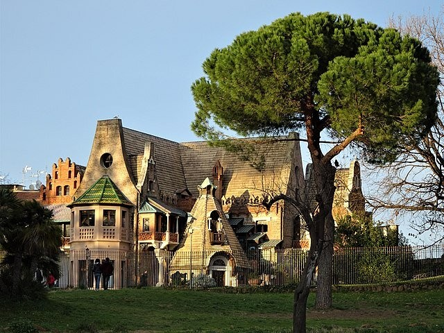 Casina delle Civette nella Villa Torlonia, em Roma. Créditos: Hugo DK em Wikimedia Commons