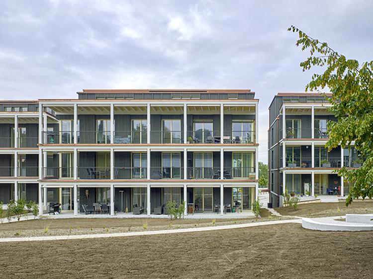 Am Chatzebach Housing Development / Baumberger & Stegmeier + Stücheli Pestalozzi Schiratzki Architekten, © Jürg Zimmermann