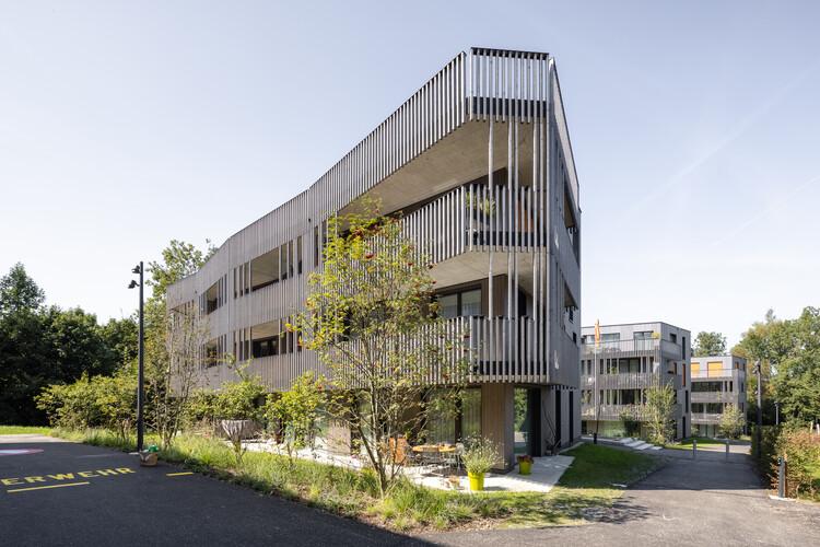 Schlösslipark Housing / Holzer Kobler Architekturen, © Radek Brunecky