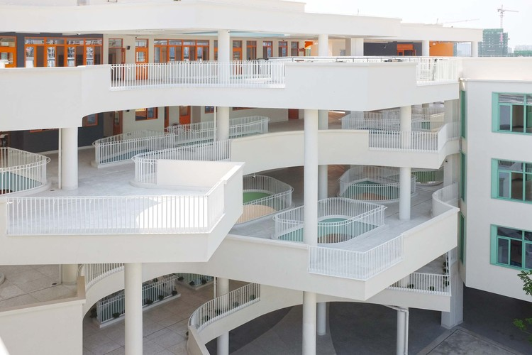school connector. Image Courtesy of Fusion Architects