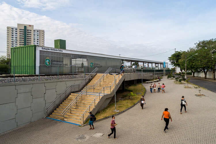 Metrô de Fortaleza - Ramal Parangaba-Mucuripe / Fernandes Arquitetos Associados. Image © Pedro Mascaro