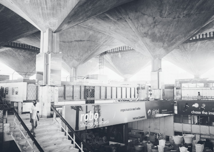 Interior of Kariakoo Market. Image © Annika Seifert