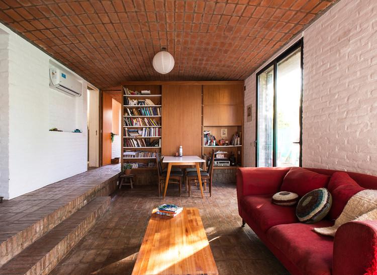 Ceramic House / Ezequiel Spinelli + Facundo S. López. Image