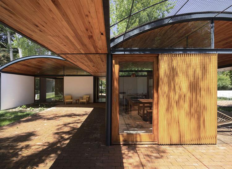 Viisa House / Francisco Farias Arquitecto y Asociados. Image