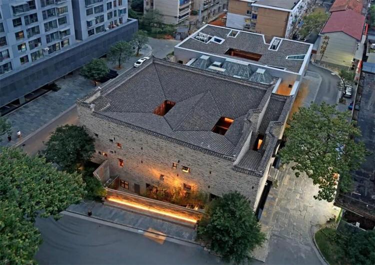 Urban Renewal Award: Laoximen Urban Renewal . Image via City for Humanity Award