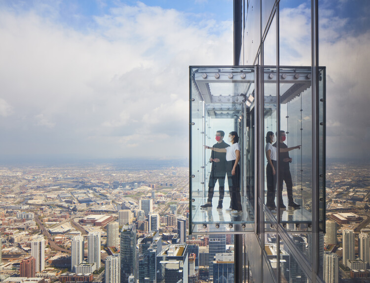 SOM Transforms the Skydeck of Willis Tower, © Dave Burk