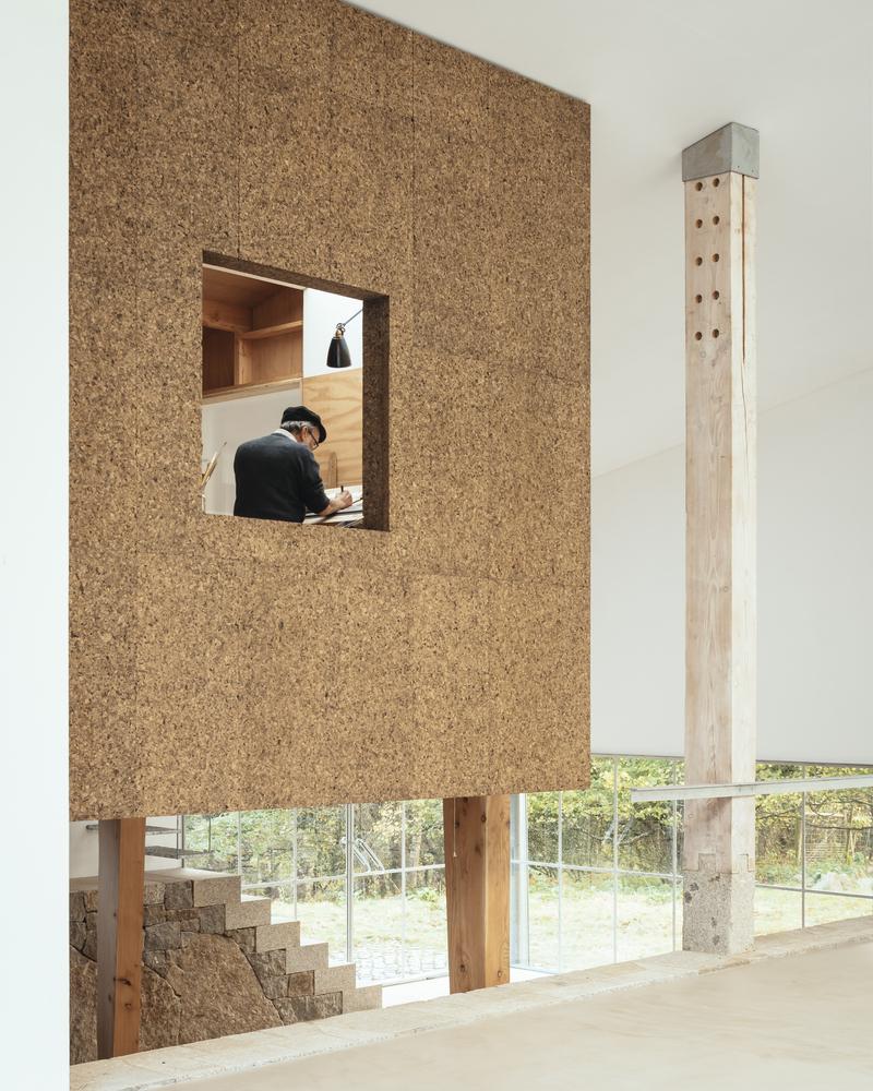 Applying Exposed Cork in Interior Architecture