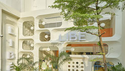 Libe Flagship Store / Red5studio