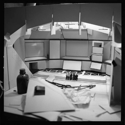 Model of the Ovoid Theater in the IBM Pavilion at the 1964 New York World's Fair by the Office of Charles and Ray Eames. Image Courtesy of The Library of Congress