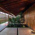 05 - JCA House - Căn biệt thự miền nhiệt đợi với kiến trúc hiện đại mát mẻ