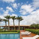 10 - JCA House - Căn biệt thự miền nhiệt đợi với kiến trúc hiện đại mát mẻ
