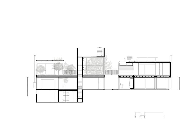 5 CASA BOA%C3%87AVA Corte 3 1 100 - Ấn tượng với kiến trúc của ngôi nhà được cải tạo mở rộng