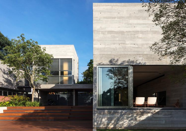Leonardo Finotti 03 - Ấn tượng với kiến trúc của ngôi nhà được cải tạo mở rộng