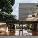 Leonardo Finotti 08 - Ấn tượng với kiến trúc của ngôi nhà được cải tạo mở rộng