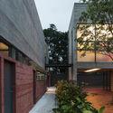 Leonardo Finotti 11 - Ấn tượng với kiến trúc của ngôi nhà được cải tạo mở rộng