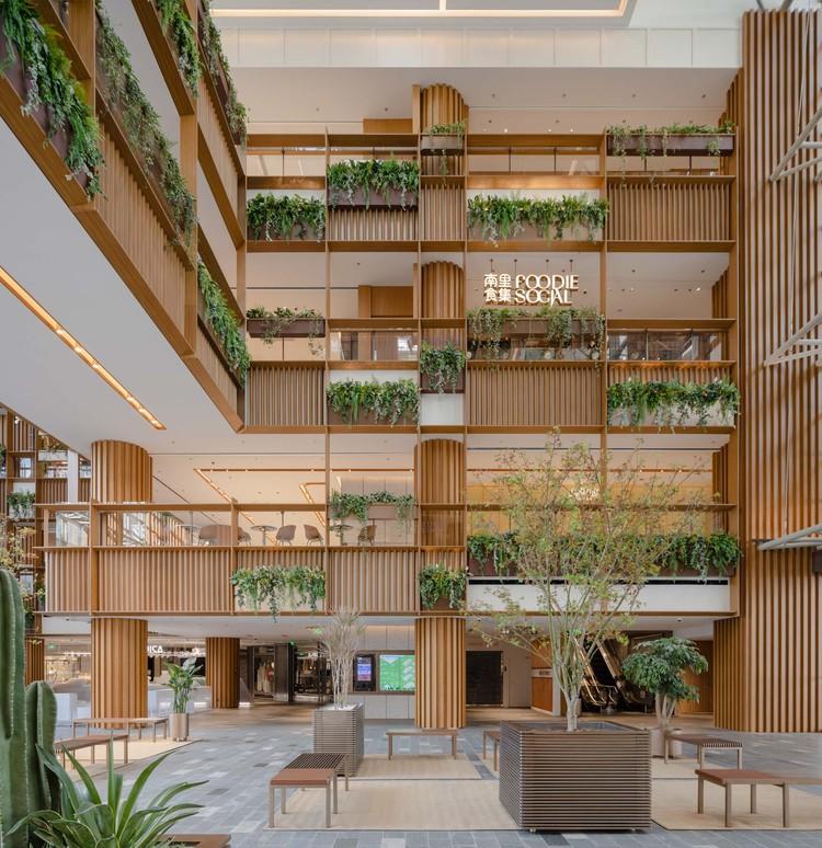 Xintiandi Atrium Renovation / AIM Architecture, © Wen Studio