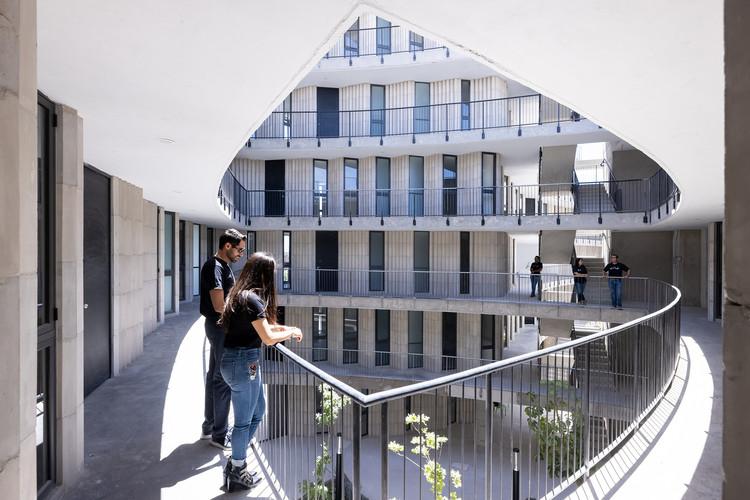 Las Americas Housing Complex / SO-IL, © Iwan Baan