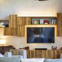 casamaru archdaily 15 - MARU House: Kiến trúc ấn tượng với những đường nét đơn giản và sự pha trộn vật liệu