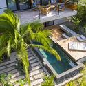 casamaru archdaily 27 - MARU House: Kiến trúc ấn tượng với những đường nét đơn giản và sự pha trộn vật liệu