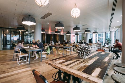 London WeWork South Bank. Imagem via WeWork