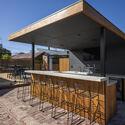bensres004 - Plympton Residence: Không gian sống linh hoạt kết nối với các khu vực ngoài trời
