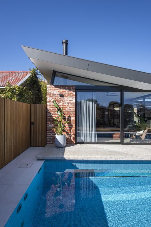 bensres007 - Plympton Residence: Không gian sống linh hoạt kết nối với các khu vực ngoài trời