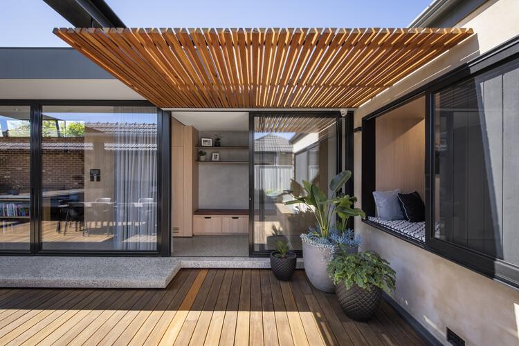 bensres027 - Plympton Residence: Không gian sống linh hoạt kết nối với các khu vực ngoài trời