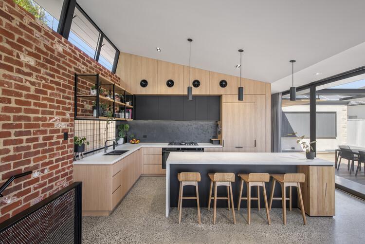 bensres014 - Plympton Residence: Không gian sống linh hoạt kết nối với các khu vực ngoài trời