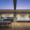 bensres073 - Plympton Residence: Không gian sống linh hoạt kết nối với các khu vực ngoài trời