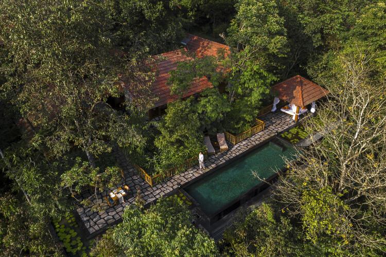 Stone Lodges Private Residences / Earthitects, Courtesy of Earthitects