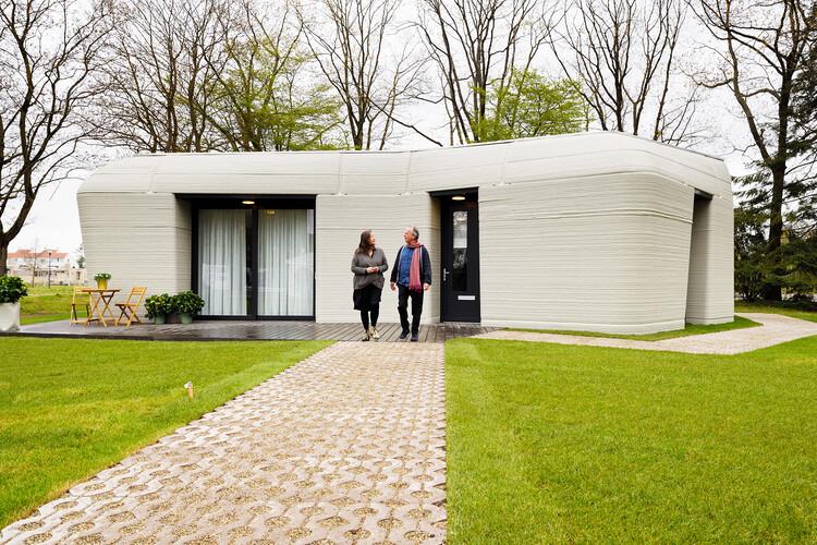 O futuro é agora: casas impressas em 3D começam a ser habitadas na Holanda, © Bart van Overbeeke