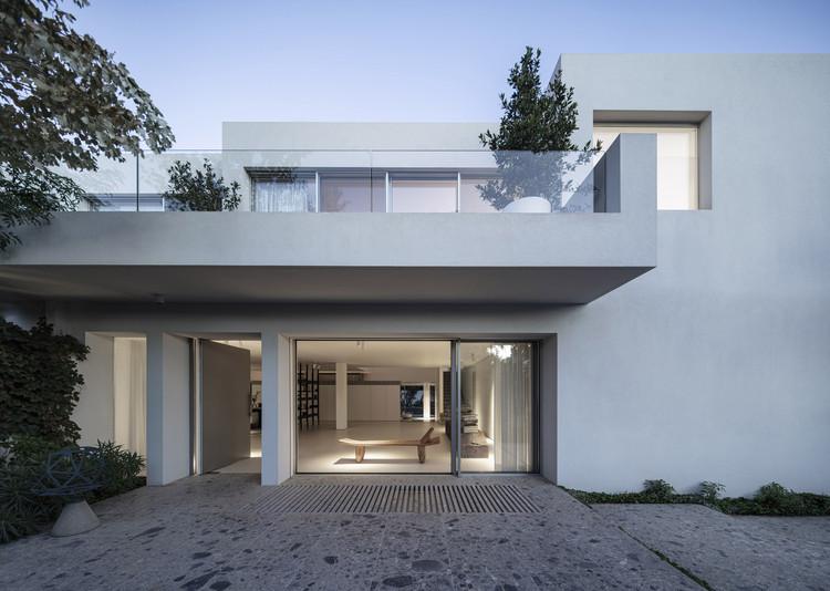 Nish House / Paritzki & Liani Architects, © Amit Geron