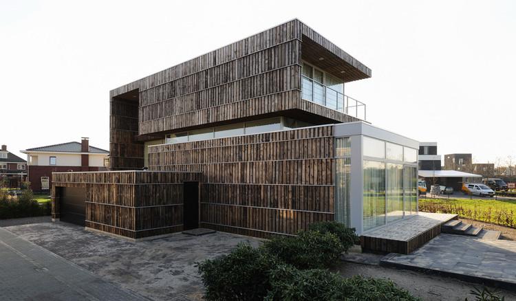 Villa Welpeloo, Allard van der Hoek. Image Courtesy of Superuse Studios. Image Courtesy of Superuse Studios
