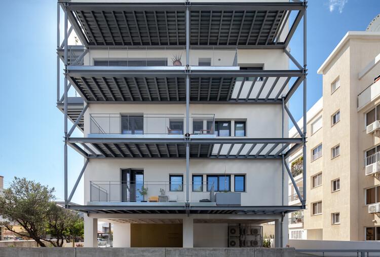 ZIO Apartment Block / Alexis Papadopoulos Architectural Practice, © Creative Photo Room