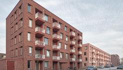 Buchholzer Grün Housing / Busch & Takasaki Architekten