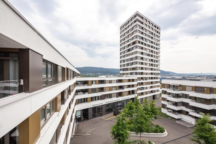 LimmatSpot Apartments / Holzer Kobler Architekturen, © Radek Brunecky
