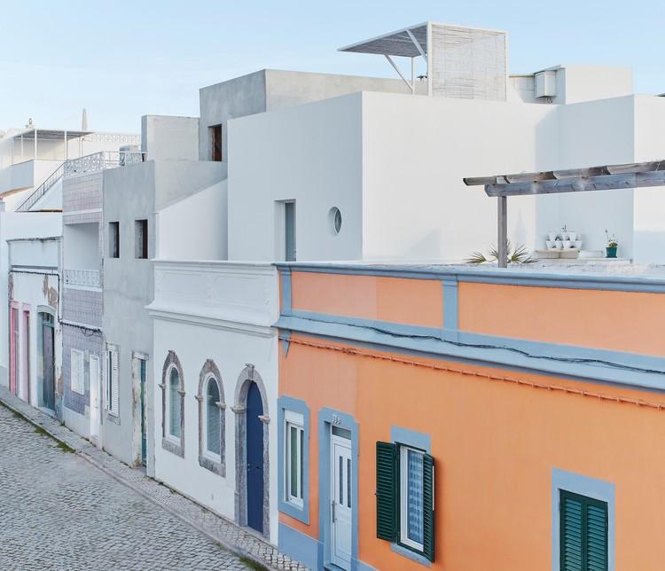 Casa em Olhão / Estudio ODS, © Estudio Peso Arquitectura