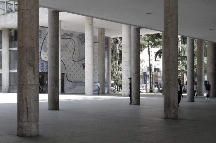 Clássicos da Arquitetura: Ministério da Educação e Saúde / Lucio Costa e equipe.  © Flickr tot.  Usado em Creative Commons