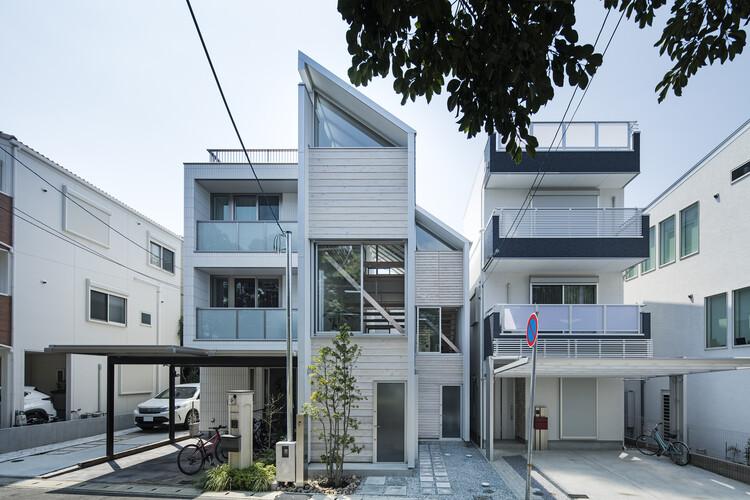 Casa para vivir en el parque / Shuhei Goto Architects, © Kenta Hasegawa
