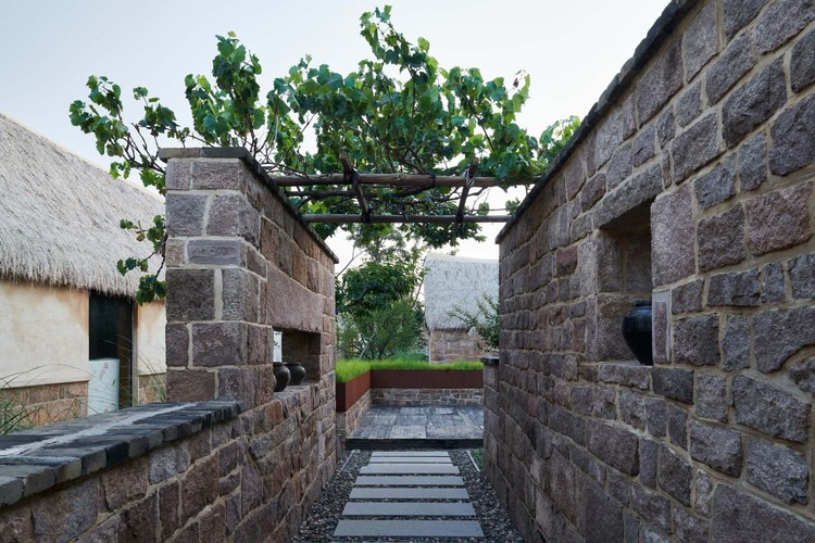 courtyard #7 entrance. Image © Hao Chen
