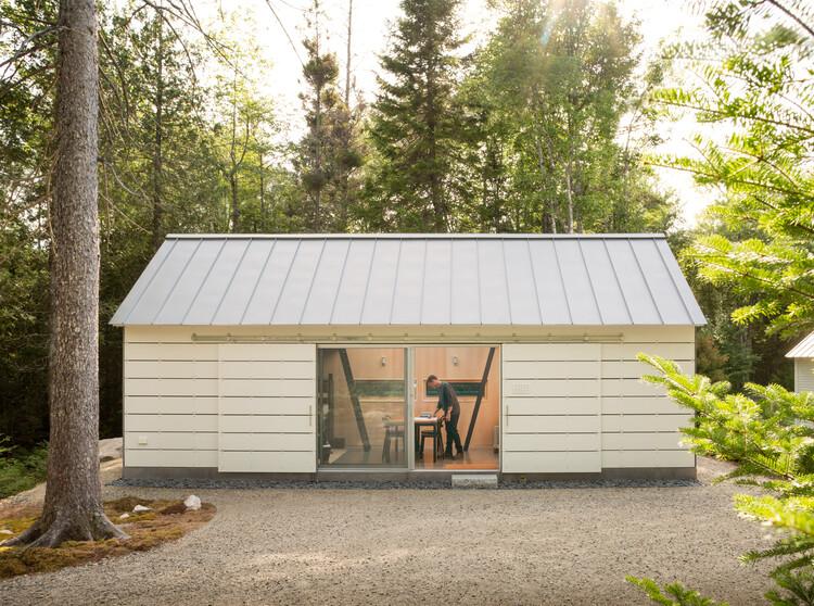 30 x 40 Design Studio de Eric Reinholdt . Image © Trent Bell