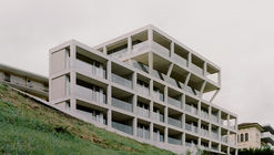 Aprtment Building on Via Carona  / DF_DC